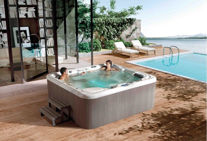 Spa jacuzzi exterior at 008 c sped artificial en navarra for Jacuzzi piscina exterior